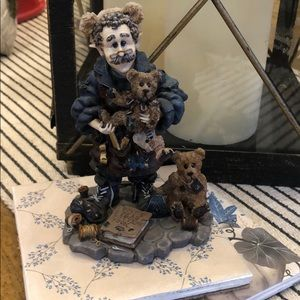 "Boyds Bears ""T.H. 'Bean' The Bearmaker Elf"""